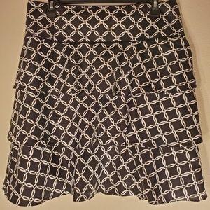 WHBM flouncy tiered skirt LIKE new sz 8